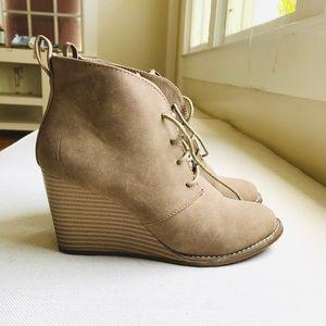 Tan wedge ankle booties - 6.5